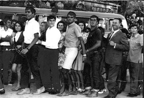 <p>San Mamiliano 1972&nbsp;Tradizionale QuadrigliaSaluti Lorena</p>