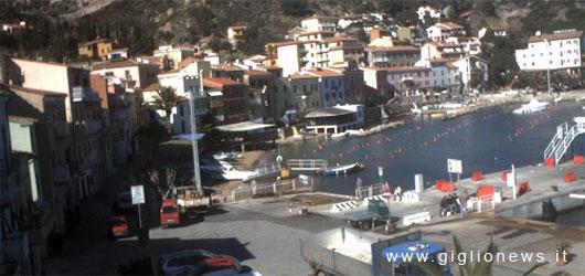webcam isola del giglio porto