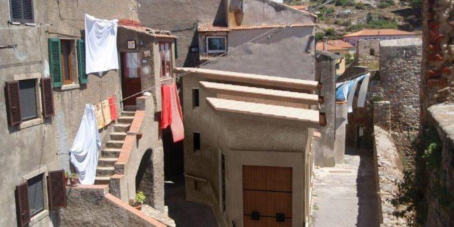archivio storico comune lavori isola del giglio castello giglionews