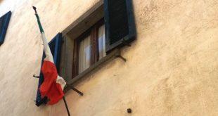 bandiere unione europea comune isola del giglio giglionews