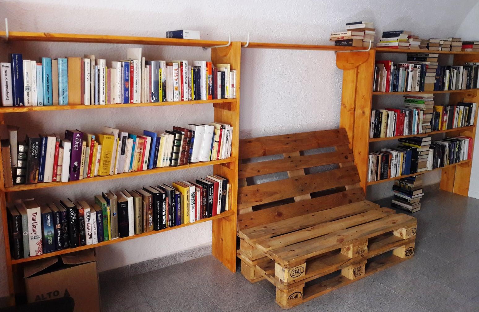 libri bibliotechina biblioteca isola del giglio castello giglionews