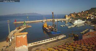 vietato lavori portuali cassoni molo verde isola del giglio giglionews