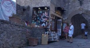 Cedesi attività commerciale a Giglio Castello
