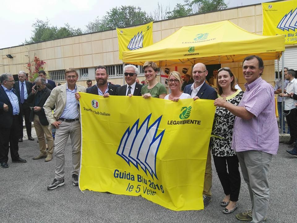 cinque vele legambiente isola del giglio giglionews