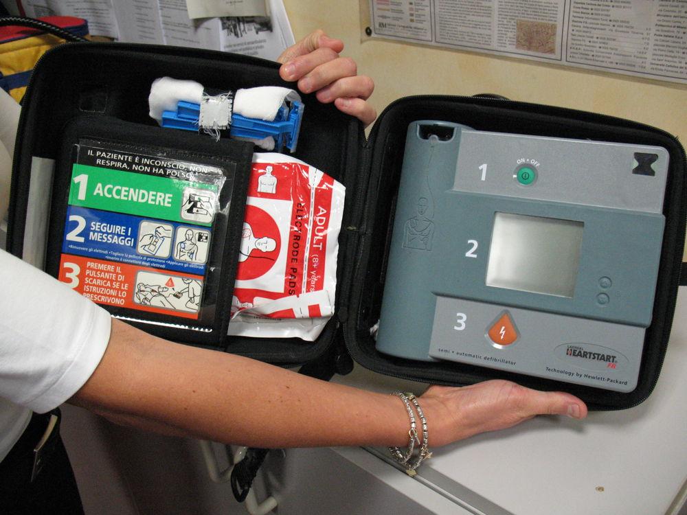 defibrillatori defibrillatore traghetti isola del giglio giglionews