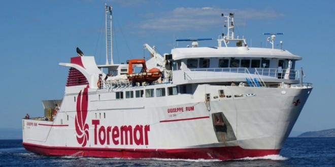 moby nave orari dei traghetti giuseppe rum toremar maregiglio isola del giglio giglionews
