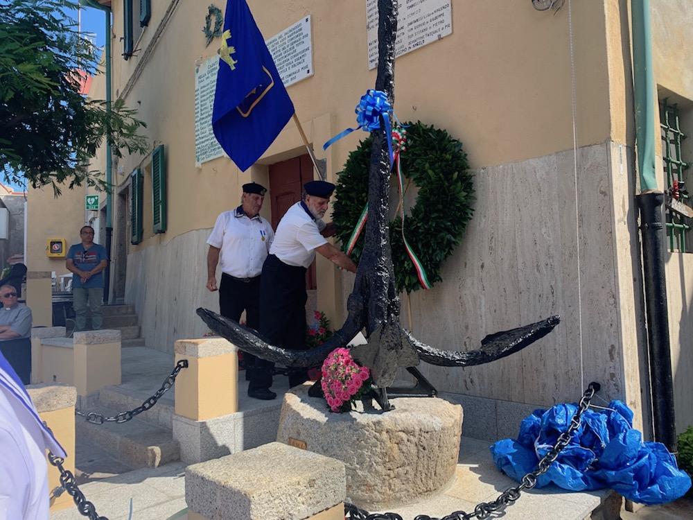inaugurazione monumento marinaio isola del giglio giglionews