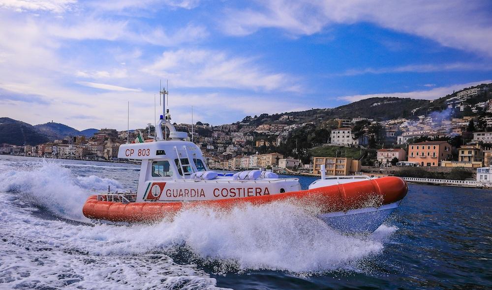 motovedetta cp803 isola del giglio giglionews