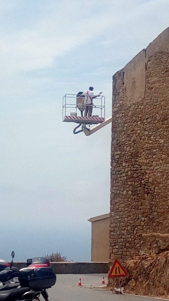 lavori manutenzione mura isola del giglio castello giglionews