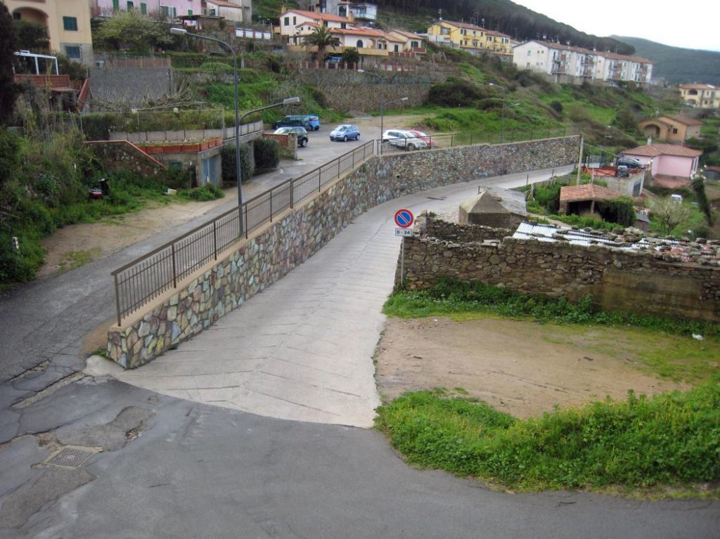 muro via del dolce comune isola del giglio castello giglionews