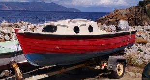 Vendo barca a vela con motore e carrello