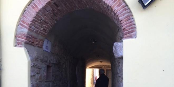 storia arco di momina isola del giglio giglionews