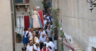 processione assunta isola del giglio castello giglionews
