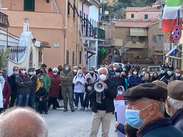 protesta sanità isola del giglio giglionews
