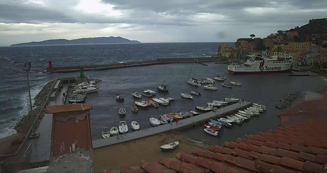 risacca mareggiata isola del giglio porto giglionews