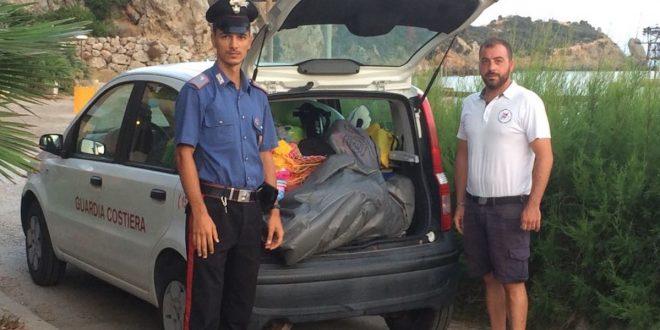 blitz spiaggia sequestro ombrelloni isola del giglio giglionews guardia costiera carabinieri