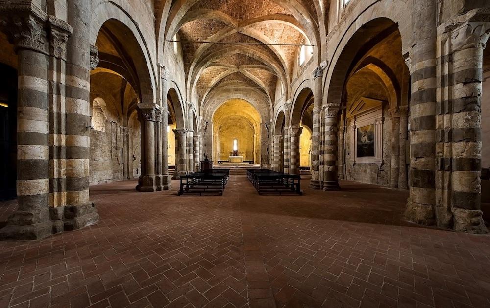 cattedrale sovana vescovo isola del giglio giglionews