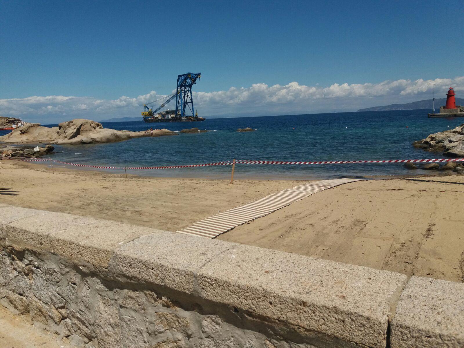 spiaggia scalettino isola del giglio giglionews