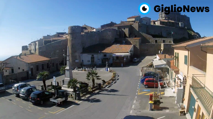 webcam giglio castello piazza